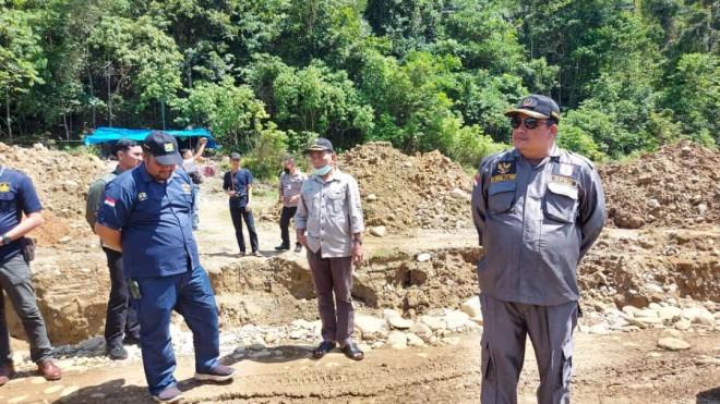 Herman Effendi Mengutuk Pelaku PETI yang Merusak Jalan Kabupaten