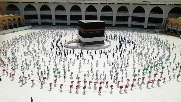Arab Saudi pertimbangkan kembali soal larangan jemaah haji dari luar negeri. (Foto: AP/STR)