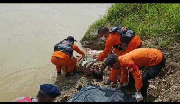 Diduga Bunuh Diri, Sondang Manalu Ditemukan Mengapung di Sungai Merangin